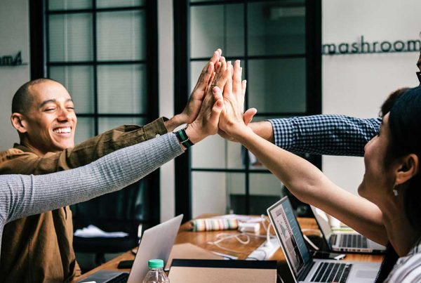 How to Earn More Dollars with Customer Service. Learn why customer service is important to your restaurant business. Customer service training on how to generate more customers.